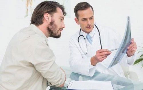 Chi phí chữa bệnh tiểu đau buốt ở nam giới có mắc không?